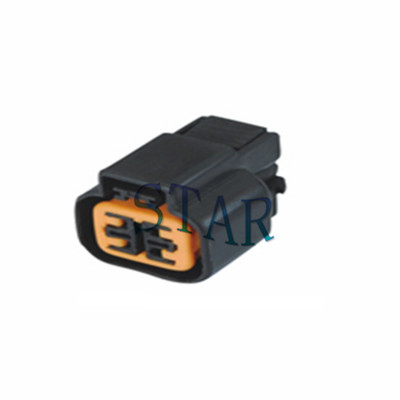 Sumitomo 4 pin automotive male connector ST7043A-2.2-21